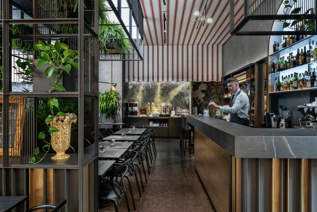 gorilla's bar
